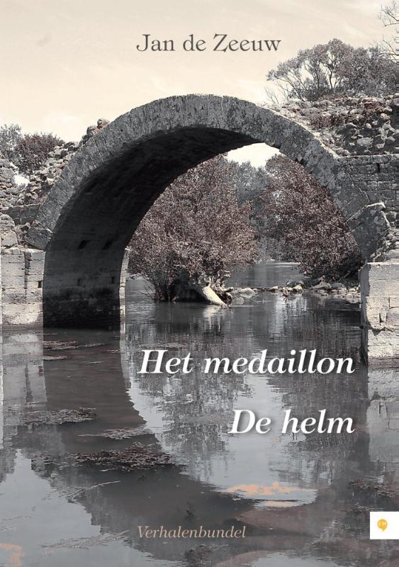 Het medaillon De helm