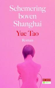 Schemering boven Shanghai